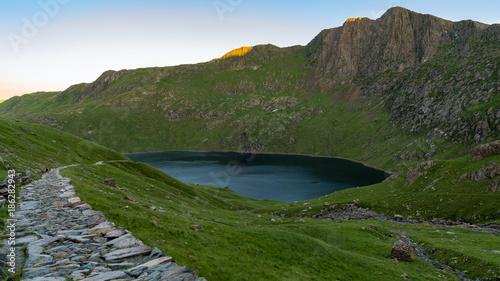 Foto op Canvas Bergen Walking on the Miner's track, Snowdonia, Wales, UK - approaching Llyn Lydaw