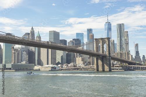 Fotobehang Brooklyn Bridge Brooklyn Bridge And View Of Lower Manhattan