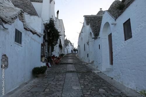 Aluminium Smalle straatjes Trulli di Alberobello