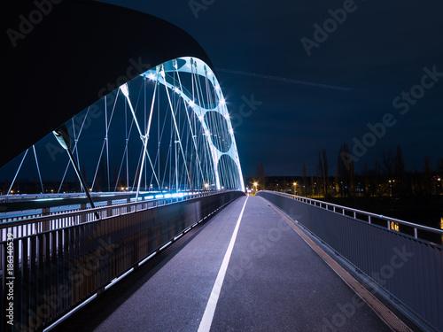 Fotobehang Nacht snelweg Brücke Frankfurt