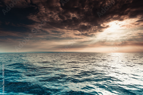 Foto op Canvas Zee zonsondergang Baltic sea sunset horizon and cloudy sky