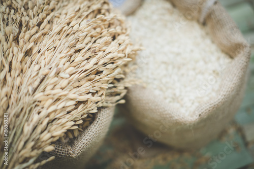 Aluminium Thailand white grain rice in burlap sack bag