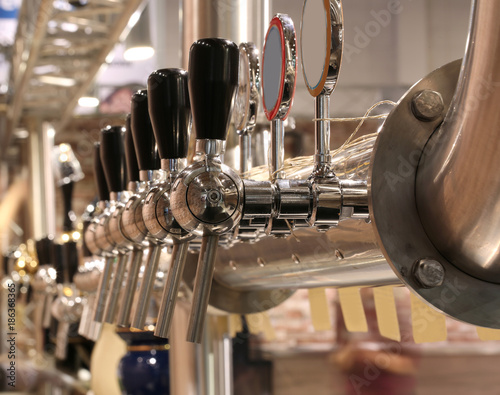 Foto op Aluminium Londen brewery taps to deliver the beer at the pub