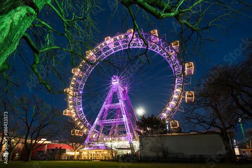 Deurstickers Wenen Wiener Riesenrad beleuchtet