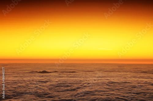 Foto auf Acrylglas See sonnenuntergang Sunrise over the Atlantic Ocean, seen from Pico volcano (2351m), Pico Island, Azores, Portugal