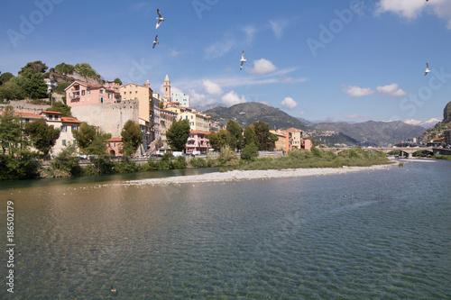 Foto op Plexiglas Liguria ventimiglia landscape in springtime with birds flying in the sky