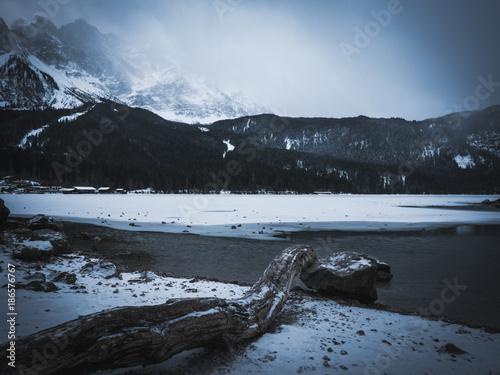 Foto op Canvas Bergen Eibsee, Zugspitze