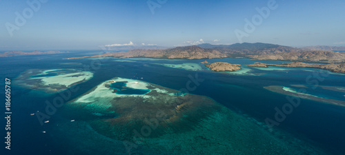 Fotobehang Nachtblauw Komodo Landscape 3