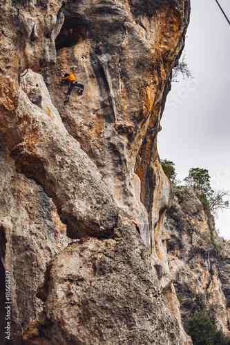 Felsklettern - 186618317