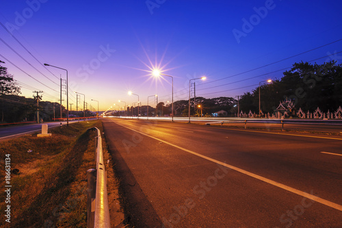 Foto op Canvas Nacht snelweg traffic highway road evening after sunset