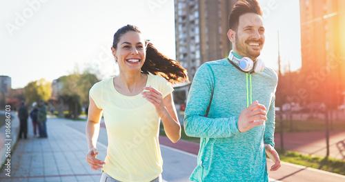In de dag Jogging Couple jogging outdoors