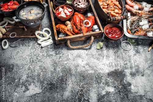 Different fresh seafood. - 186702358