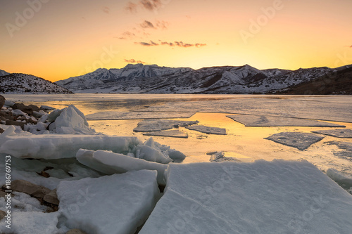 Deurstickers Grijs Icy sunset at Deer Creek, Heber Valley, Utah, USA.