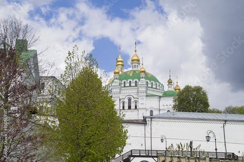 Fotobehang Kiev Успенский собор в Киево -Печерских лаврах. Украина
