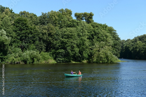Foto op Aluminium Moskou People go boating in the natural-historical park
