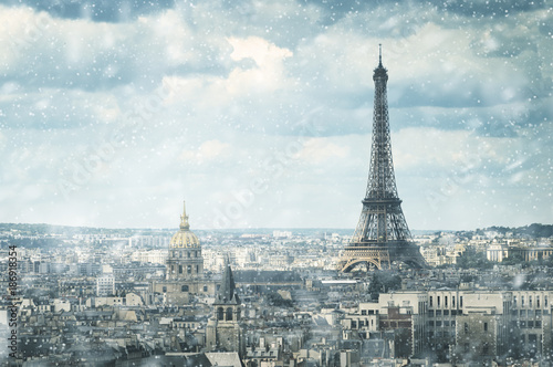 Papiers peints Tour Eiffel snow in Paris