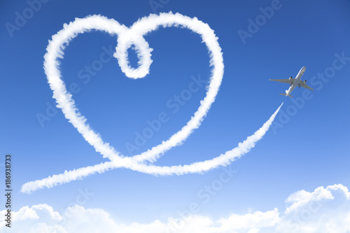 Foto Murales love cloud concept drowing by airplane