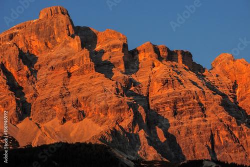 In de dag Baksteen Italy Dolomites La Villa in Badia Piz Cunturines