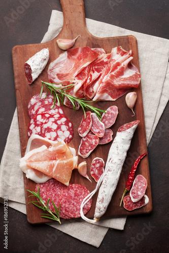 Salami, sliced ham, sausage, prosciutto - 186952738