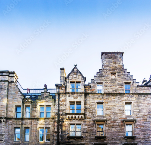 Foto op Aluminium Las Vegas Street view of Historic Old Town Houses in Edinburgh, Scotland