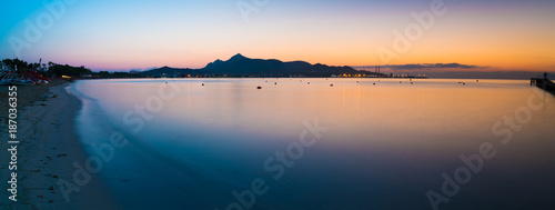 Fotobehang Zalm Sunset on sea panorama