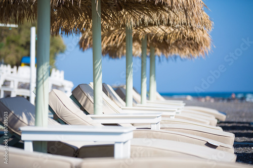 Foto Murales Beach sunshades on the southern resort