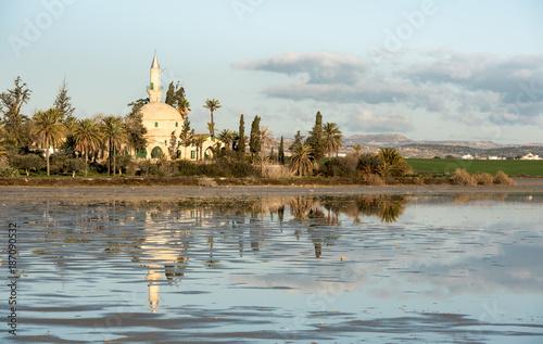 Fotobehang Cyprus Hala sultan Tekke Muslim mosque Larnaca Cyprus