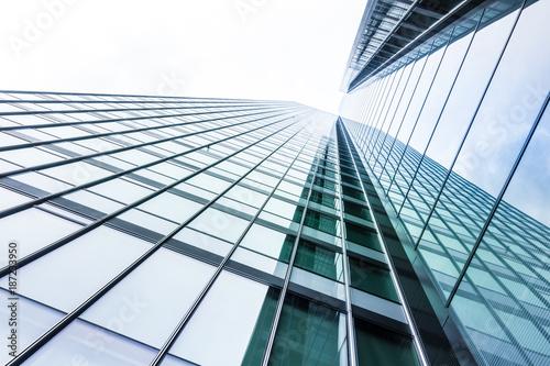 Leinwanddruck Bild Glasfassade - Hochhaus in deutschland
