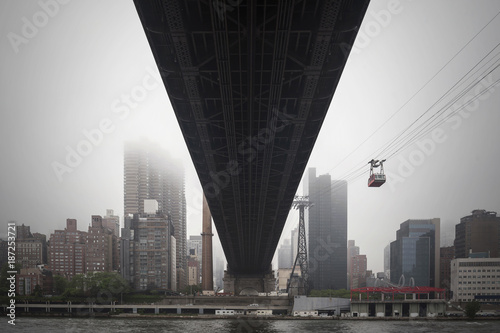 Foto op Plexiglas New York New York City Manhattan skyline under the Ed Koch Queensboro Bridge