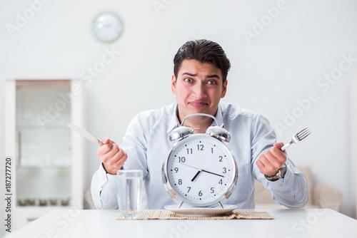 Concept of slow service in restaurants - 187277720