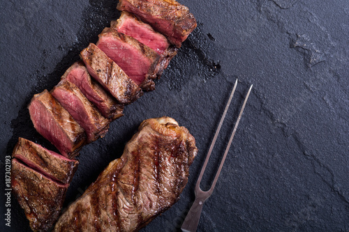Keuken foto achterwand Steakhouse Grilled New York steak