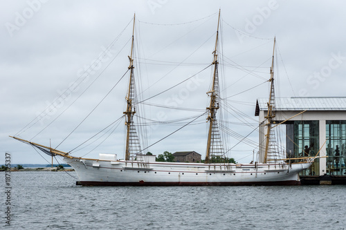 Foto op Aluminium Schip Old sailing ship at port in Sweden