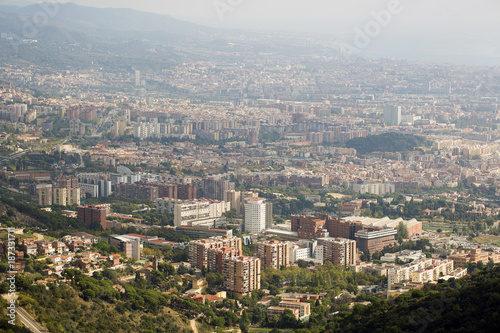 Papiers peints Barcelone Barcelona, Spain - October 14, 2017. Overview of the city.