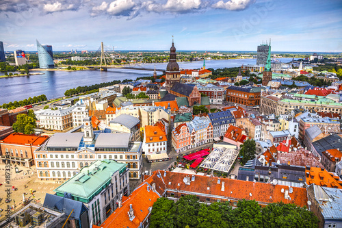 Foto op Canvas Mediterraans Europa Old European city of Riga view from the top.