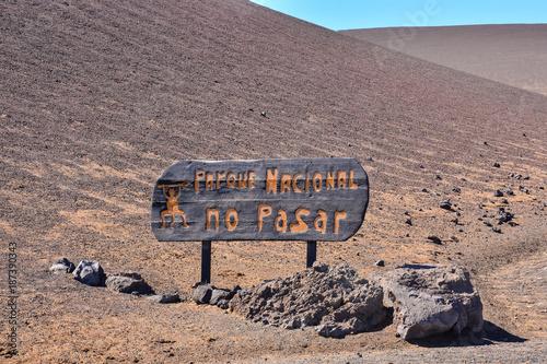 Fotobehang Zalm Volcanic landscapes on Timanfaya.