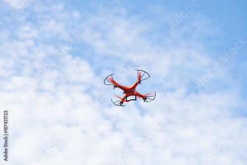 Foto Murales Flying drone