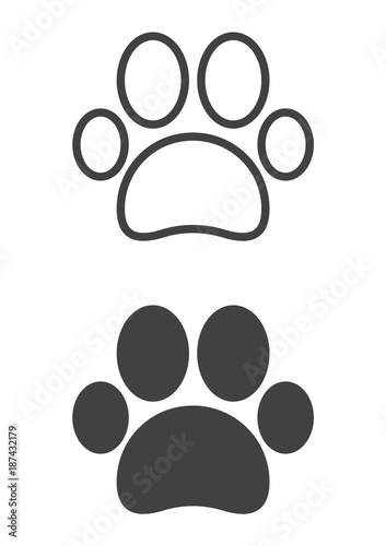 Paw icon, line and solid version, outline and filled vector sign, linear and full pictogram isolated on white. Pet supplies symbol, logo illustration. Pixel perfect vector graphics - 187432179
