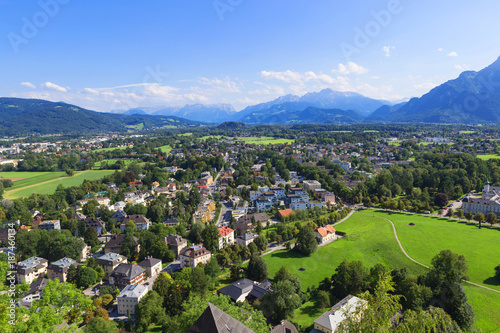 Foto Murales Panorama of the historic city of Salzburg