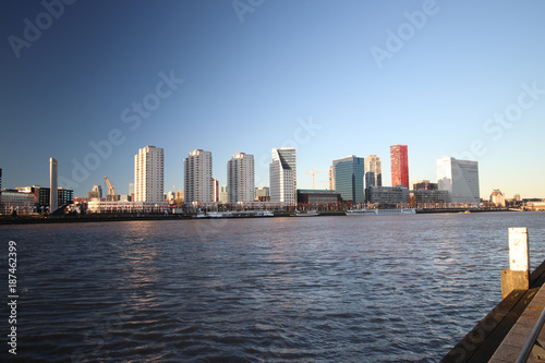 Fotobehang Rotterdam Rotterdam skyline in evening sun