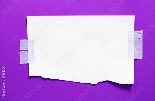 Leinwandbild Motiv torn paper