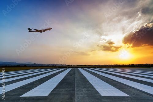 Airport approach landing lights | Buy Photos | AP Images | DetailView