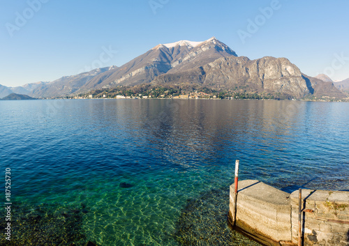 Foto Murales Clear water of Como lake, Lombardy, Italy