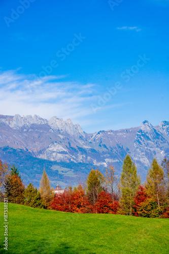Fotobehang Herfst Beautiful landscape in the Swiss Alps