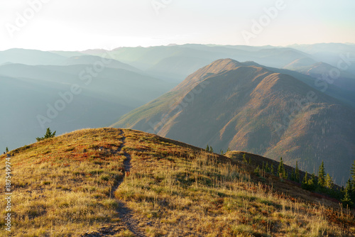 Tuinposter Donkergrijs Fall inthe Mountains