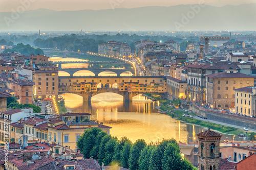 Fotobehang Florence Florence sunset city skyline and Ponte Vecchio Bridge, Florence, Italy