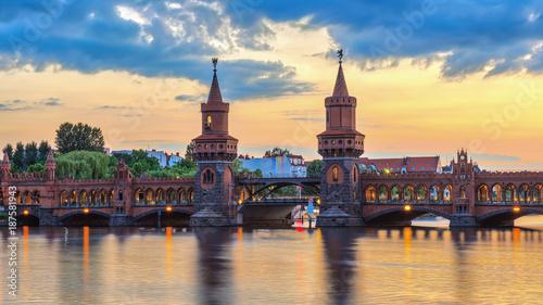 Aluminium Berlijn Berlin sunset city skyline at Oberbaum Bridge and Spree River, Berlin, Germany