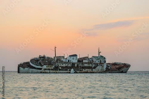 Aluminium Schip wreck ship