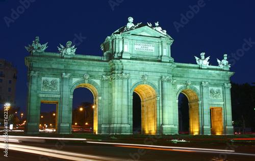 Foto op Aluminium Madrid Puerta de Alcalá en Madrid