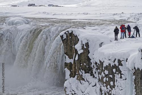 Foto op Canvas Natuur La chute de Godafoss en hiver