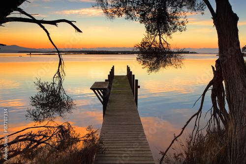 Aluminium Zonsopgang Rustic jetty sunrise